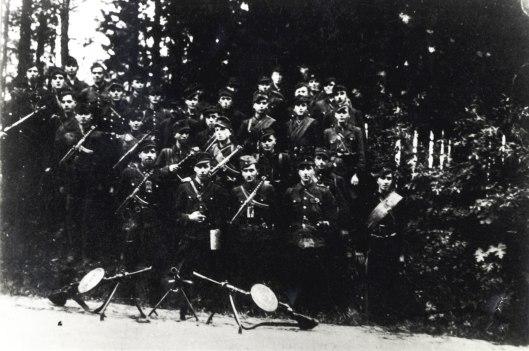 """Вояки сотні """"Громенка"""" після переходу на терен Західної Німеччини. 1947 р."""